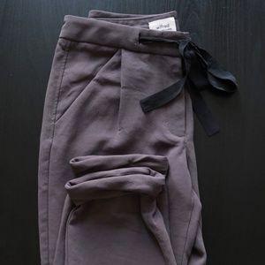 Aritzia Wilfred Free Silk Capris